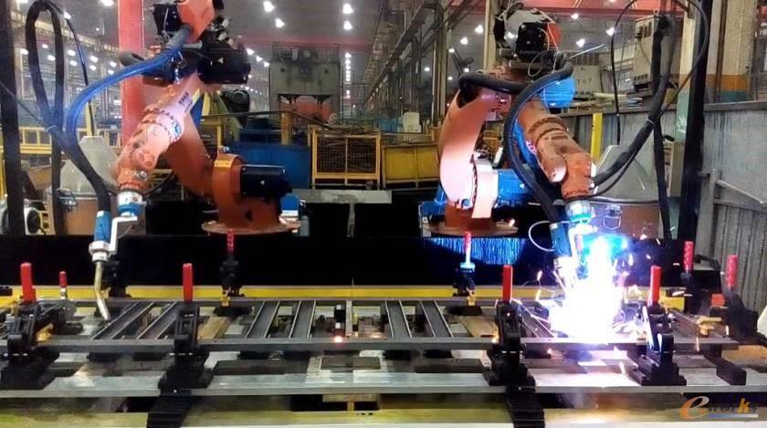 图4 机器人工作站
