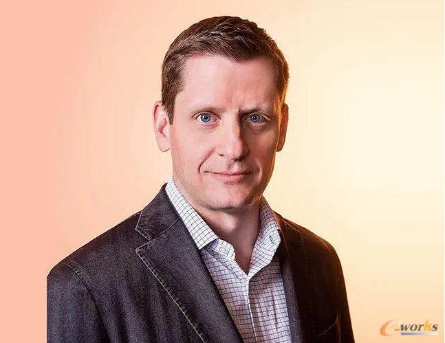 IBM云和数据平台高级副总裁Rob Thomas